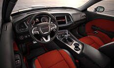 Dodge Challenger 2016: asiento del conductor