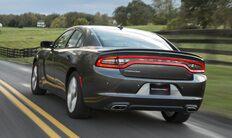 Vista trasera del Dodge Charger 2016