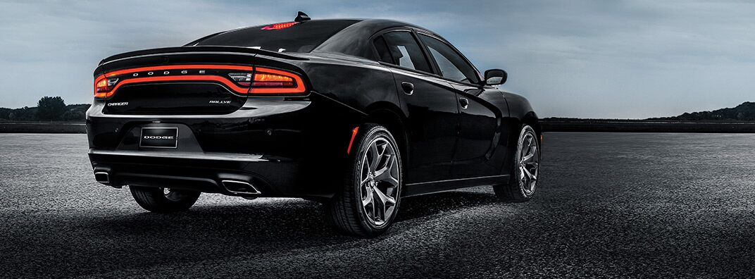 Dodge Charger 2016: luces traseras