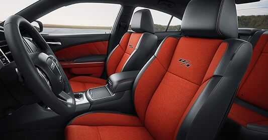 Dodge Charger 2016: asiento del conductor