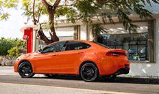 Dodge Dart Blacktop 2016: vista lateral